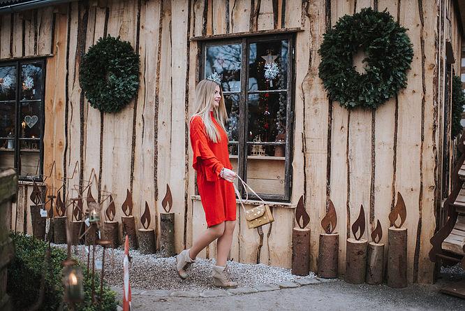 View More: http://katrin-wieser.pass.us/jenny_weihnachten